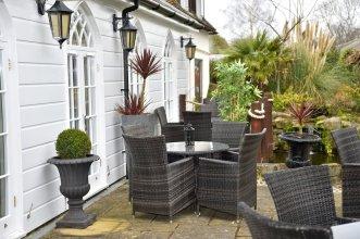 Angmering Manor – RelaxInnz