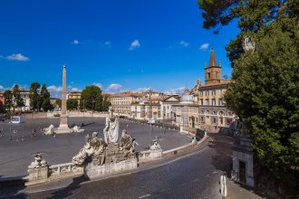 Rome Holidays - Via del Pavone