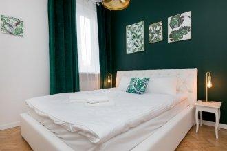 Wola Emerald Apartment