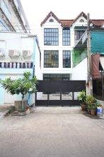 L22 Hostel