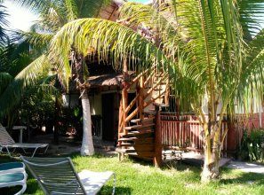 Golden Paradise Hostel