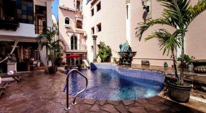 Garlands del Rio Boutique Hotel