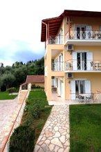 Brentanos Apartments