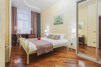 GM Apartments roomy mansion at Arbat