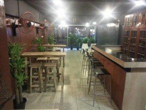 Mad Cow Hostel Silom