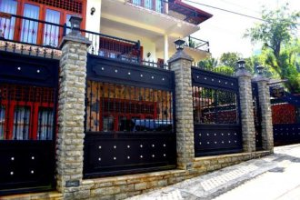 Yoho The Castle Of Kandy
