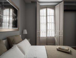 AQ Sevilla Apartments