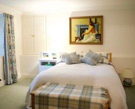 Spacious Cottage in Edinburgh