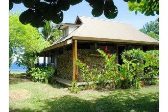 Fare Upu beach front cottage - Moorea