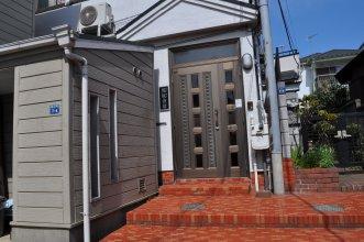 Ofu Jyoshi Kaikan 1st building - Caters to Women (только для женщин)