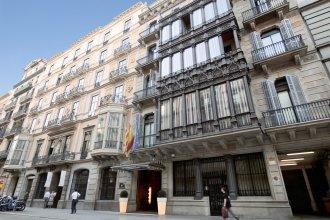 Отель Catalona Plaza Cataluña