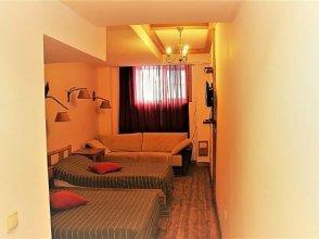 Sarin Hotel