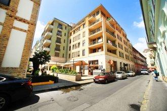 Club 99 Apartments