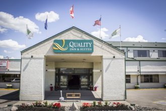 Quality Inn & Suites Edmonton Airport