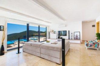 Villa Ela by Akdenizvillam