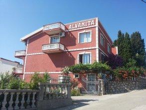 Alvanita Apartments