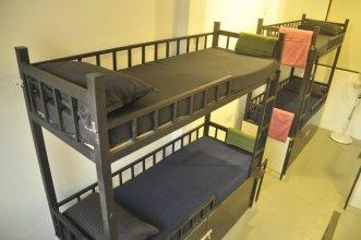 The MIDTOWN Hostel