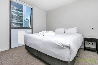 QV Large Stylish Viaduct Apartment - 772