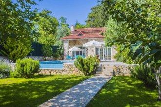 Villa Entas 1