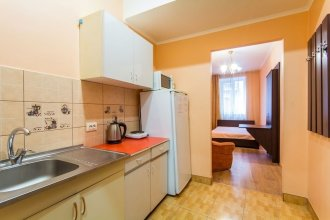 1 Bedroom Apartment on Sq. Staryi Rynok 1