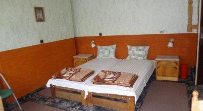 Hostel Maya