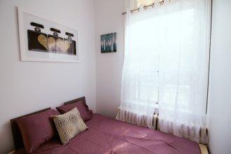 2 Bedrooms Apartment near Kensington Market – Unit 1