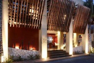 Mosquito Beach Hotel