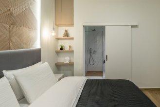 De Minimis - a Chic 3BR Downtown Apartment