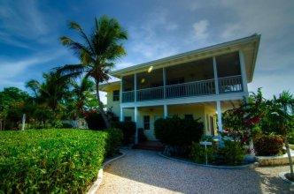 Grace Bay Beach Ocean Villas