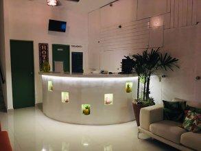 Tropicus 1 Estudio Room