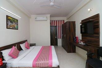 OYO 10439 Ashoka Palace
