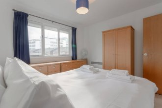 2 Bedroom Apartment In Aldgate East