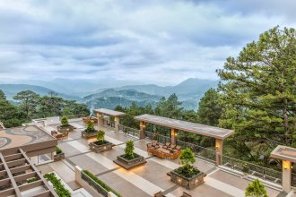 Outlook Ridge Residences