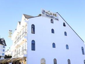 Tea Leaf Hotel 2
