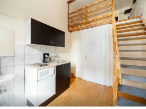SparrOwl Apartments