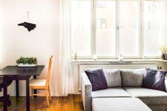 Comfortable Studio Apartment - Midsommarkransen