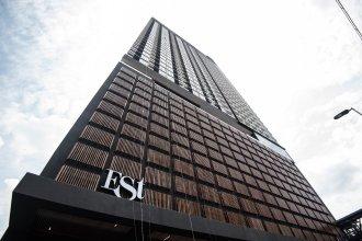 KL Sentral Bangsar Suites (EST) by Luxury Suites Asia
