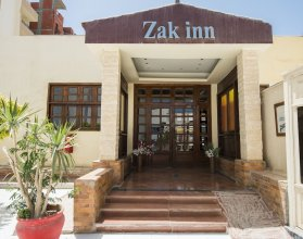 Zak Inn