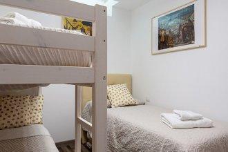 2bdr Duplex for 9px in Hortaleza Near Metro