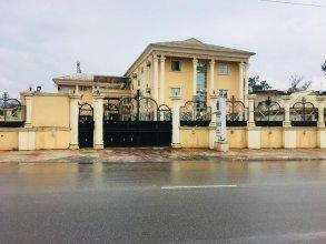 Feligold Royal Hotel Benin