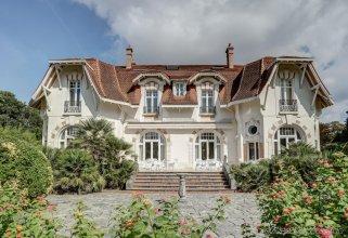 Chateau Du Clair De Lune