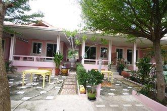 Insook Ko Larn Guesthouse