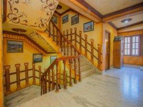 OYO 267 Hotel Tanahun Vyas