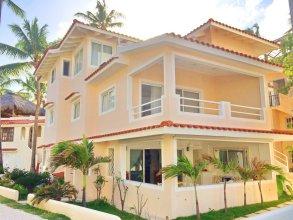 Los Corales Tropical Beach Resort & SPA
