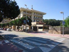 Avenida Fenals Apartment