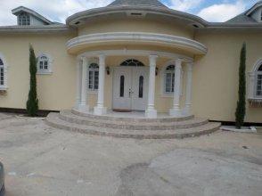 The Royal Kensington Villa 4