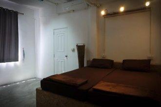 Bed & Ink Hostel Koh Tao