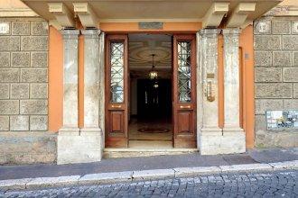Home Gregoriana