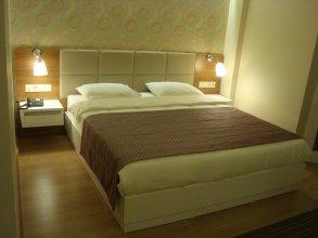 Huseyin Hotel