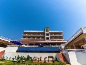 Hotel Aarya Boulevard